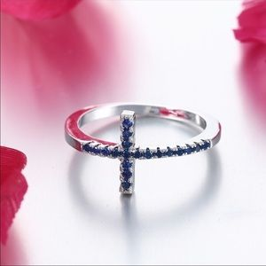 WOMENS CROSS RING